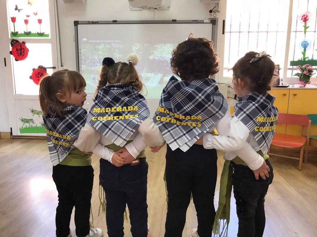 El colegio y la escuela infantil de Cofrentes incide en la memoria de nuestras raíces